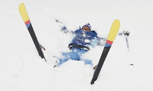 a-skier-in-the-snow-007 (1)